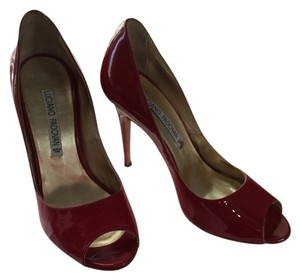 Luciano Padovan Red Pumps