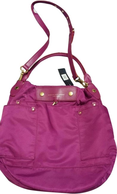 Item - Hobo Preppy Fuchsia Nylon Cross Body Bag