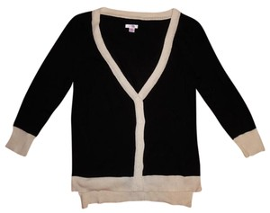 Xhilaration 3/4 Sleeves Buttoned Cardigan Sweater