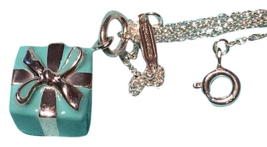 Preload https://img-static.tradesy.com/item/18573526/tiffany-and-co-blue-box-charm-pendant-in-sterling-silver-necklace-0-1-540-540.jpg