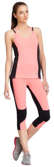 Marika Tek Marika Tek Platinum Altered View Framed Capri Legging L Coral Ice