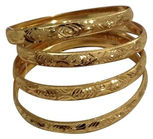 Alawamy Gold Bangle Set
