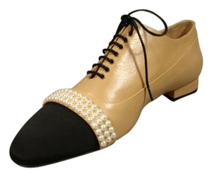 Chanel New Lace Up 3 Strands Of Pearls Leather & Grograin Beige & Black Flats
