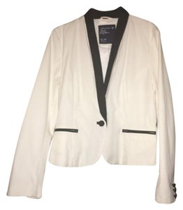 American Eagle Outfitters White and black Blazer