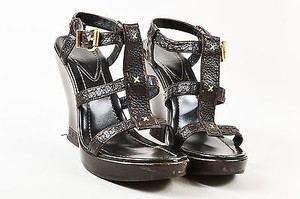 Fendi Leather Strappy Brown Sandals