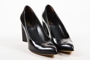 Saint Laurent Yves Brown Pumps