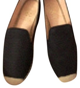 Vince Camuto Black embossed Flats