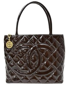 Chanel Tote in dark brown
