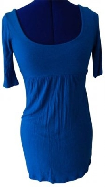 Preload https://item2.tradesy.com/images/forever-21-blue-tunic-size-4-s-185851-0-0.jpg?width=400&height=650