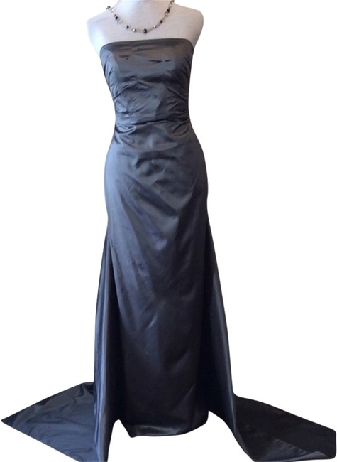 Item - Grey Couture Silk Train Shift Long Formal Dress Size 6 (S)