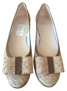 Stuart Weitzman Beige with Brown Trim Flats