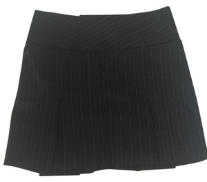 Alvin Valley Pleated Box Pleat Pinstripe Skirt Black