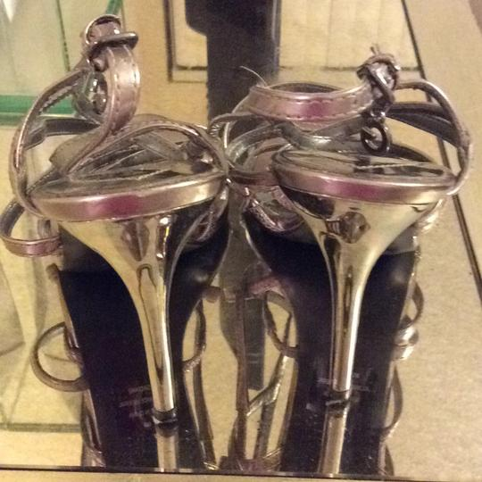 Guess silver metalic Pumps
