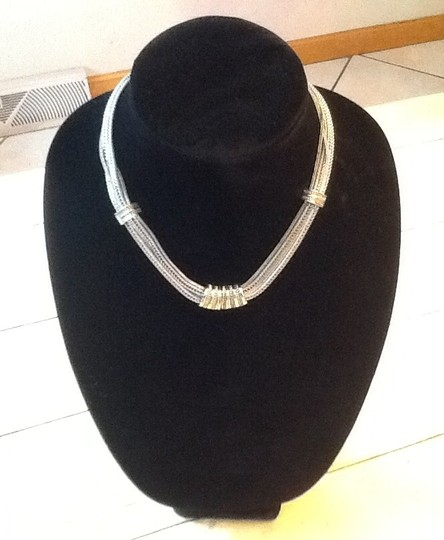 Preload https://item1.tradesy.com/images/silver-and-gold-colors-classy-design-necklace-185990-0-0.jpg?width=440&height=440