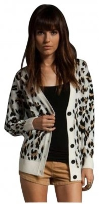 Preload https://img-static.tradesy.com/item/186023/minkpink-animal-print-oversized-sweater-leopard-summer-cardigan-size-8-m-0-0-650-650.jpg