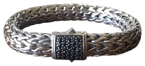 John Hardy Classic Chain Bracelet With Pave Black Sapphires.