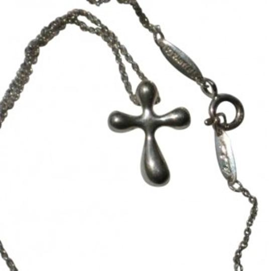 Preload https://item1.tradesy.com/images/tiffany-and-co-silver-cross-from-the-elsa-peretti-collection-necklace-186100-0-0.jpg?width=440&height=440
