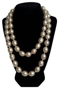 Chanel Chanel Pearl Necklace - 40