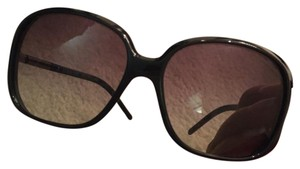 Burberry Authentic Burberry Sunglasses in Excellent condition for Sale!