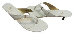 Worthington Size 8.00 M Very Good Condition White Sandals