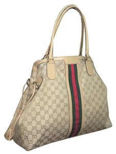 Gucci Tote in Tan
