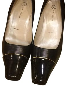 St. John Black with gold line detail Pumps