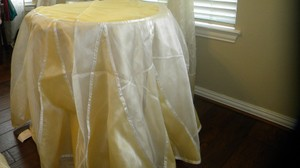 Vs-05 Round Table Cloth