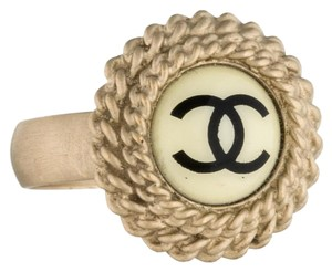 Chanel Gold-tone Chanel button Interlocking CC logo ring 6.25