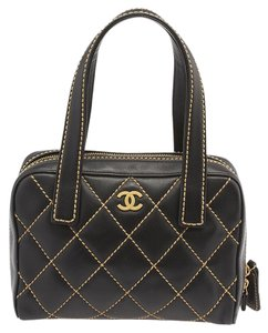 Chanel Cc Leather Shoulder Tote in Black,Brown