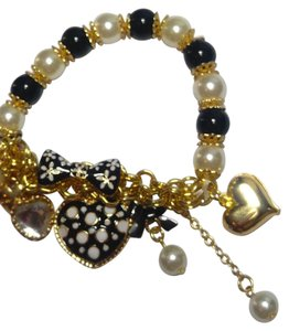 Betsey Johnson New Betsey Johnson Heart Charm Bracelet Stretch J2827