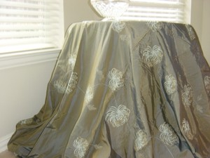 Table Cloth Taupe And Teal
