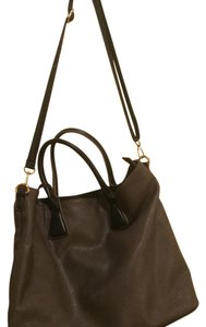 David Jones Paris Tote in Taupe