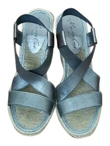 Kenneth Cole Espadrille Silver Metallic Gunmetal/Silver Wedges