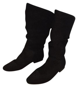 White Mountain Suede Black Boots