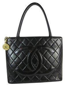 Chanel Black Leather Cc Medallion Quilted Tote