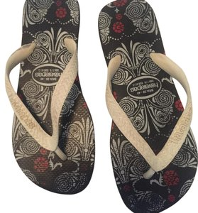 Havaianas Black and white Sandals