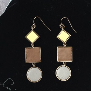 JEWELMINT Piet Earrings