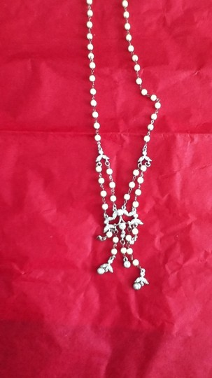 Other faux pearl costume necklace