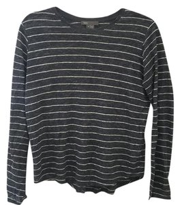 Vince T Shirt Dark blue with white stripes