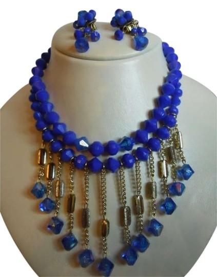 Preload https://item1.tradesy.com/images/cobalt-blue-vintage-necklace-and-earrings-set-186385-0-0.jpg?width=440&height=440