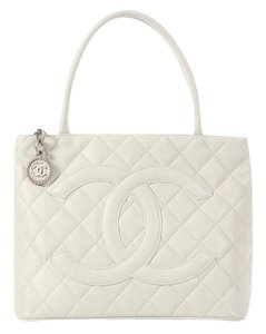 Chanel Off-white Cc Quilted Tote