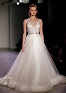 Lazaro Lazaro Lace Applique Tulle Ballgown Dress (style 3607) Wedding Dress
