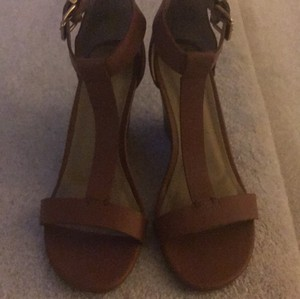 Kenneth Cole Camel Wedges