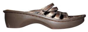 Naot Wedge Velcro Strap bronze Sandals