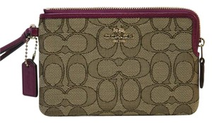 Coach F54627 Nwt Small Wristlet in GOLD /KHAKI/ FUCHSIA