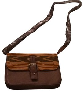 Twelfth St. by Cynthia Vincent Cross Body Bag