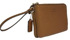 Coach Nwt Leather Wristlet in Saddle
