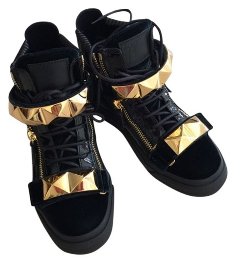 Giuseppe Zanotti Sneaker Fashion London Donna Veronica Zanotti Sneaker Brand New With Box New 2014 Giuseppe Sneaker Must Have Best Of Black shiny leather and Green Velvet suede Athletic