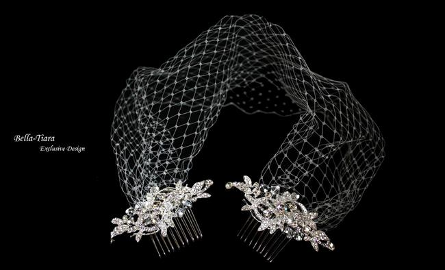 Item - Silver Birdcage Crystal Combs With Bridal Veil