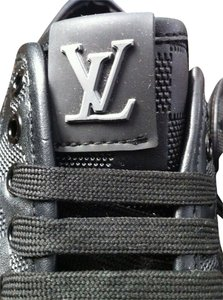 Louis Vuitton Men Women Punchy Sneakers Black Athletic